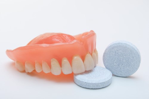 Clean A Dentier The Guide To Cleaning A Denture
